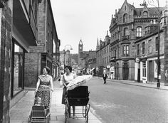 13 Flight's Lane on the left where my great great grandmother Eleanor Smith Webster died on the Nov 1886 Dundee University, Dundee City, Vintage Pram, Historical Pictures, Great Britain, Family History, Old Photos, Scotland, Scenery