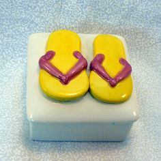 Ceramic Keepsake Box  Flip Flop Lemon by GrapeVineCeramicsGft,