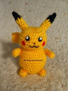MarieCatmade: Mini Pikachu