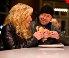 Jenny McCarthy & Donnie at Wahlburgers