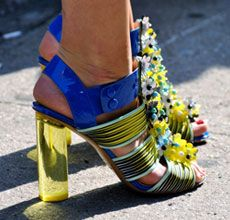 """Put your spring style """"on display"""" with these art-inspired fashion pieces."""