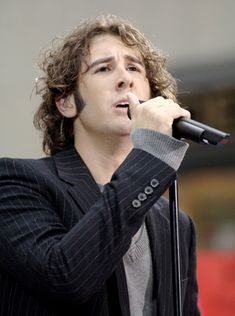 Just had to pin this one because it is such a good picture of Mr. Groban.