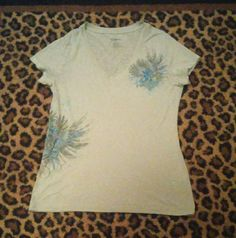 EXPRESS Flower T! Gray Express Flower T shirt. Size small in great used condition! This won't be here long enough:) Express Tops Tees - Short Sleeve