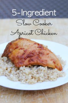 Super easy and amazingly tasty recipe for Slow Cooker Apricot Chicken ~ with only 5 ingredients! Slow Cooker Huhn, Slow Cooker Chicken, Slow Cooker Recipes, Crockpot Recipes, Chicken Recipes, Cooking Recipes, Frugal Recipes, Keto Recipes, Slow Cooking