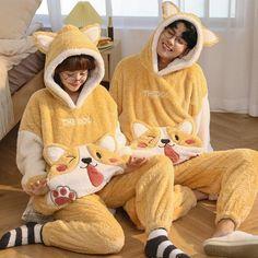 Cute Pajama Sets, Matching Pajamas, Cute Pajamas, Cute Lazy Outfits, Cute Swag Outfits, Matching Couple Outfits, Matching Couples, Brown Puppies, Cute Cartoon Images