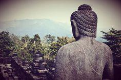 "157 mentions J'aime, 3 commentaires - Niya Photo 🌍📷 (@niyam1) sur Instagram: ""#indonesia #java #borobudur #temple #travel #photo"""