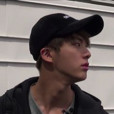 ∗ˈ‧₊° look at this unbleached seokjin goodness || bts ∗ˈ‧₊°