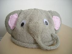 Omg omg omg I HAVE to make this! knitting + elephants = best project ever