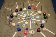 Spelend leren met water en zand. Met deze simpele materialen maken kinderen prachtige mozaiek. Nog meer suggesties: info jopie.deboer@ijsselgroep.nl