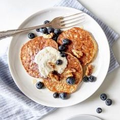 Amazing 3-Ingredient Pancakes for One