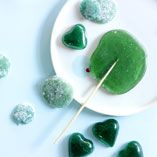 Hårda karameller Lollipop Candy, Candy Cookies, Sandwiches, Sweets, Fruit, Ethnic Recipes, Desserts, Food, Green