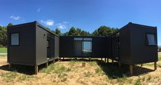 From portable home office to granny flats, our pods can be turned to whatever suits your needs. Get inspired with our gallery of Podlife pod homes. Container House Design, Container Homes, Sunken Bath, Tiny House, Small Houses, Portable House, Granny Flat, Loft Spaces, Concrete Floors