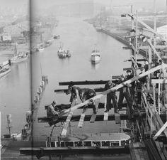 bygget av skanstullsbron hösten 1945 foto Lennart Nilsson