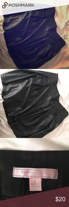 Leather skater skirt Leather skater skirt by Romeo and Juliette in large.  (Not actually leather) Romeo & Juliet Couture Skirts Circle & Skater