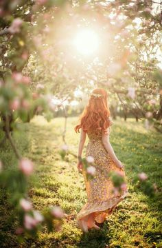 Elegance Amongst the Apple Blossoms - A Clothes Horse Spring Photography, Fantasy Photography, Girl Photography, Photography Aesthetic, Spring Aesthetic, Aesthetic Art, Princess Aesthetic, Clothes Horse, Red Hair