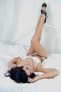 Can't wait to do boudior photos for my hubby to be, by one amazing photographer and GREAT friend!!! Love you Kristina!