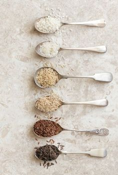Here is your fail-proof guide for Instant Pot Rice. White rice, brown rice, and many more, basically a rice pressure cooking encyclopedia. How To Reheat Rice, How To Cook Rice, Rice Recipes, Raw Food Recipes, Rice Krispies, Rice Types, Rice Packaging, Fruit Photography, Cooking Ingredients