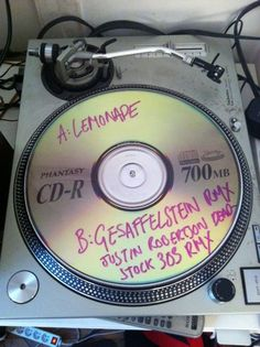 clever vinyl picture-disc