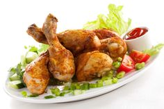 5616x3744 Wallpaper dish, chicken legs, lettuce, onions, tomatoes, white background
