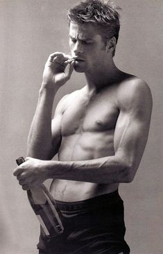 Mark Vanderloo, male model.(and face model for male Shep) . -  Develop the sexual presence of a model! Click the pic.