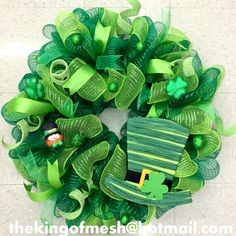 Create your own St Patrick's Mesh Wreath or order yours at: thekingofmesh@hotmail. com - Introducing my newest #meshwreath from latest #StPatricks collection. I got all my supplies at @MichaelsStores #craftssupplies #decomesh #custom #mesh #michaelsstores @thekingofmesh #homedecor #polydecomesh #green #shamrock #hat #gold #bucket