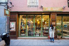 Fachada de Kiki Market - Kiki Market facade. Más info en www.madridcoolblog.com
