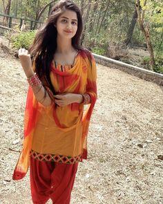 Beautiful Suit, Beautiful Girl Photo, Beautiful Girl Indian, Most Beautiful Indian Actress, Teen Girl Photography, Baby Girl Images, Indian Girls Images, Beauty Full Girl, Beauty Women