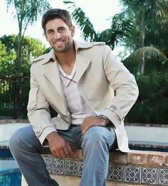 Aaron Rodgers looking damn good! Not surprised.