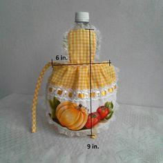 Mini apron Oil apron Bottle apron Mini dress por Sandylittlecrafts Kitchen Towels Crafts, Dish Towel Crafts, Sewing Tutorials, Sewing Crafts, Sewing Projects, Sewing Patterns, Sewing Aprons, Sewing Clothes, Craft Gifts