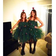 DIY Christmas Tree Costume - Ugly Christmas Sweaters NO MORE – it's now all about dresses! These chickies look so cute. Ugly Christmas Sweater Cute, Christmas Tree Outfit, Tacky Christmas Party, Ugly Sweater Party, Diy Christmas Tree, Christmas Tree Costume Diy, Diy Christmas Outfits, Xmas Tree, Xmas Sweaters