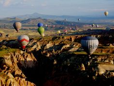 Vote for my pic: Hot air ballooning in Cappadoccia