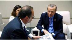 """Erdoğandan Hollandea """"15 Temmuz"""" kitabı: Cumhurbaşkanı Recep Tayyip Erdoğan G20 Zirvesi kapsamında ikili görüşme gerçekleştirdiği Fransa Cumhurbaşkanı François Hollandea 15 Temmuz darbe girişimini anlatan bir kitap hediye etti."""