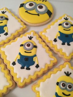 www.cakecoachonline.com – sharing...Minion sugar coookies