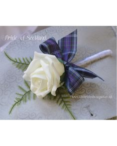 1 Single Rose Buttonhole in Ivory or White with PRIDE OF SCOTLAND TARTAN BOW - Artificial wedding flowers Groom, Guests