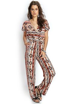 Cute jumpsuit for spring/summer.