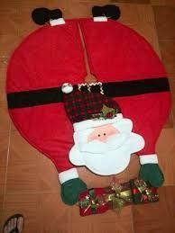 hacer pie de árbol de navidad Diy Christmas Tree Skirt, Xmas Tree Skirts, Christmas Sewing, Handmade Christmas, Christmas Angels, Christmas Stockings, Christmas Holidays, Christmas Sweaters, Christmas Decorations