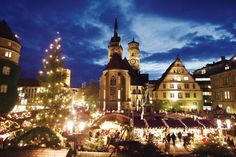 Stuttgarter Weihnachtsmarkt - Stuttgart Christmas Market. I have some of the best memories walking through this market with Oma and Opa.