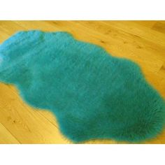 Teal Blue Faux Fur Sheepskin Style Rug (70cm x 140cm): Amazon.co.uk: Kitchen & Home