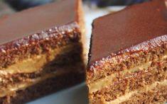 Tortul cu cremă de cappuccino pentru masa de sărbători. Eu zic să o notezi!
