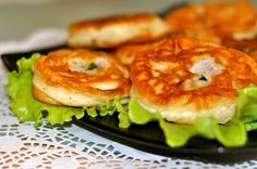 Рецепт беляшей на скорую руку. Если в холодильнике есть фарш, то быстрый и вкусный ужин - не проблема.