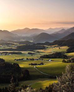 Visit Austria, Baroque Architecture, Danube River, Mountain Village, Central Europe, Salzburg, Beautiful Buildings, Classical Music, Cool Places To Visit