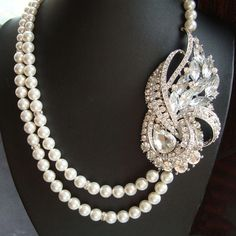 Art Deco Wedding Necklace Statement Bridal Necklace by luxedeluxe Art Deco Necklace, Art Deco Jewelry, Pearl Jewelry, Jewelry Ideas, Fine Jewelry, Pendant Jewelry, Pendant Necklace, Jewellery, Statement Necklace Wedding