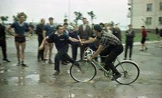 Эстафета, 1968 г., Литовская ССР, г. Электренай Bicycle, Sports, Bicycle Kick, Hs Sports, Sport, Bicycles, Bike, Bmx, Cruiser Bicycle