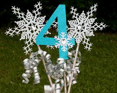 Frozen Birthday Party Winter Onederland Centerpiece Snowflake Wands Table Decoration