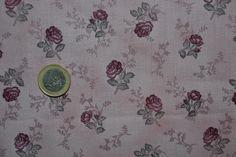 Tissu Patchwork Shabby Petites Roses Grenat SUR Fond Lilas 24x55cm | eBay