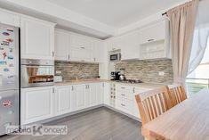 My Dream Home, Kitchen Decor, Kitchen Ideas, Sweet Home, Kitchen Cabinets, House Design, Rustic, Interior Design, Home Decor