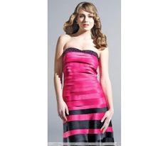 Sheath/Column Strapless Knee-Length Tiered Homecoming Dress