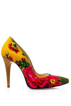 Stilettos, Amazing, Fashion, Moda, Spike Heels, Fashion Styles, Pumps, Fashion Illustrations, Stiletto Heels
