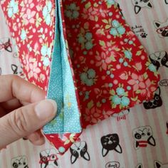 Projects To Try, Coin Purse, Quilts, Wallet, Purses, Handmade, Bags, Bag Tutorials, Dressmaking