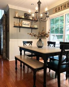 Get the modern farmhouse dining room decor ideas from the table, lighting, chairs, and more. Make the moment memorable meal with your family and remembered. Dining Room Walls, Dining Room Design, Dinning Room Paint Ideas, Shelves In Dining Room, Dinning Room Table Decor, Dining Room With Bar, Dining Room Ideas On A Budget, Dining Tables, Dining Room Centerpiece